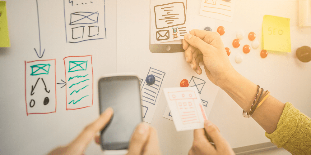 website design brand storming with whiteboard